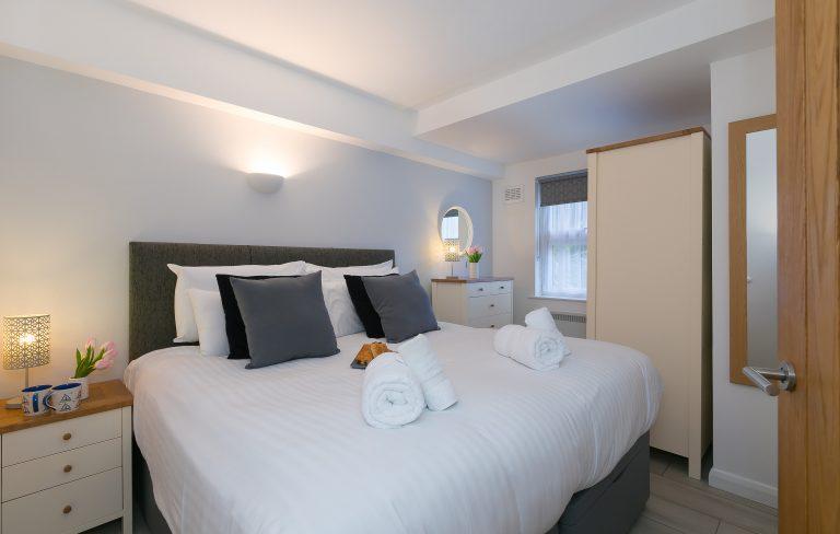 21 Carthew Court Bedroom