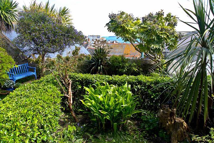 3 Garden