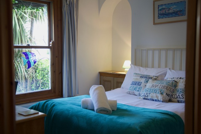 Admiral Cottage St Ives Cornwall Bedroom