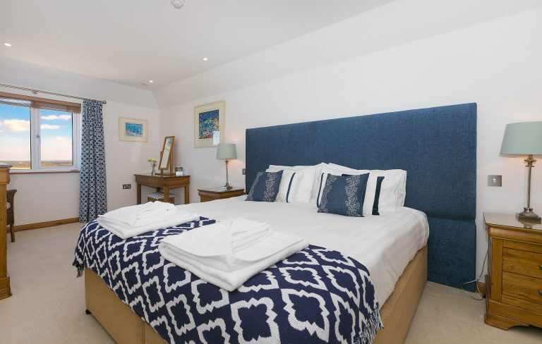 Beachcroft Holiday House - double bedroom