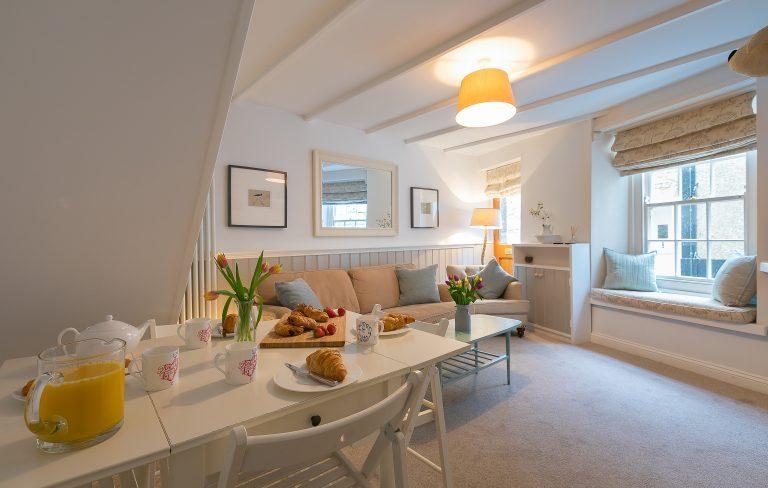 Bookend Cottage Living room
