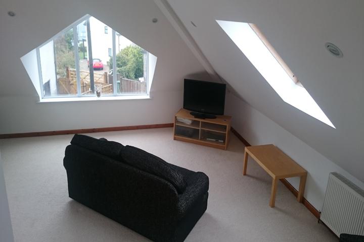 DSC 0010 4 Lounge.JPG