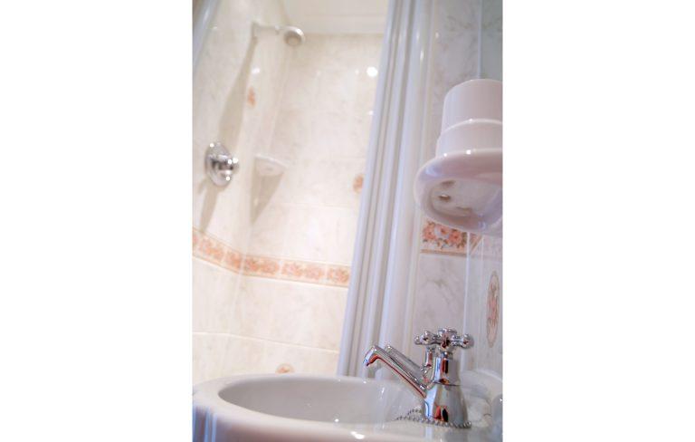 Shower Room 6x4
