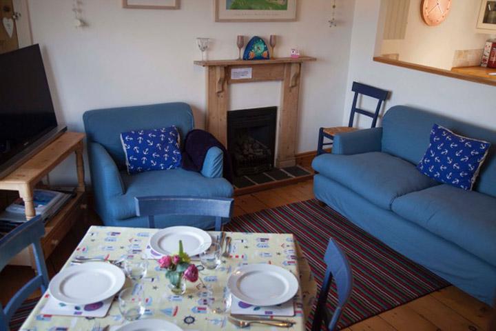 St Ives Accommodation Cottage Lounge