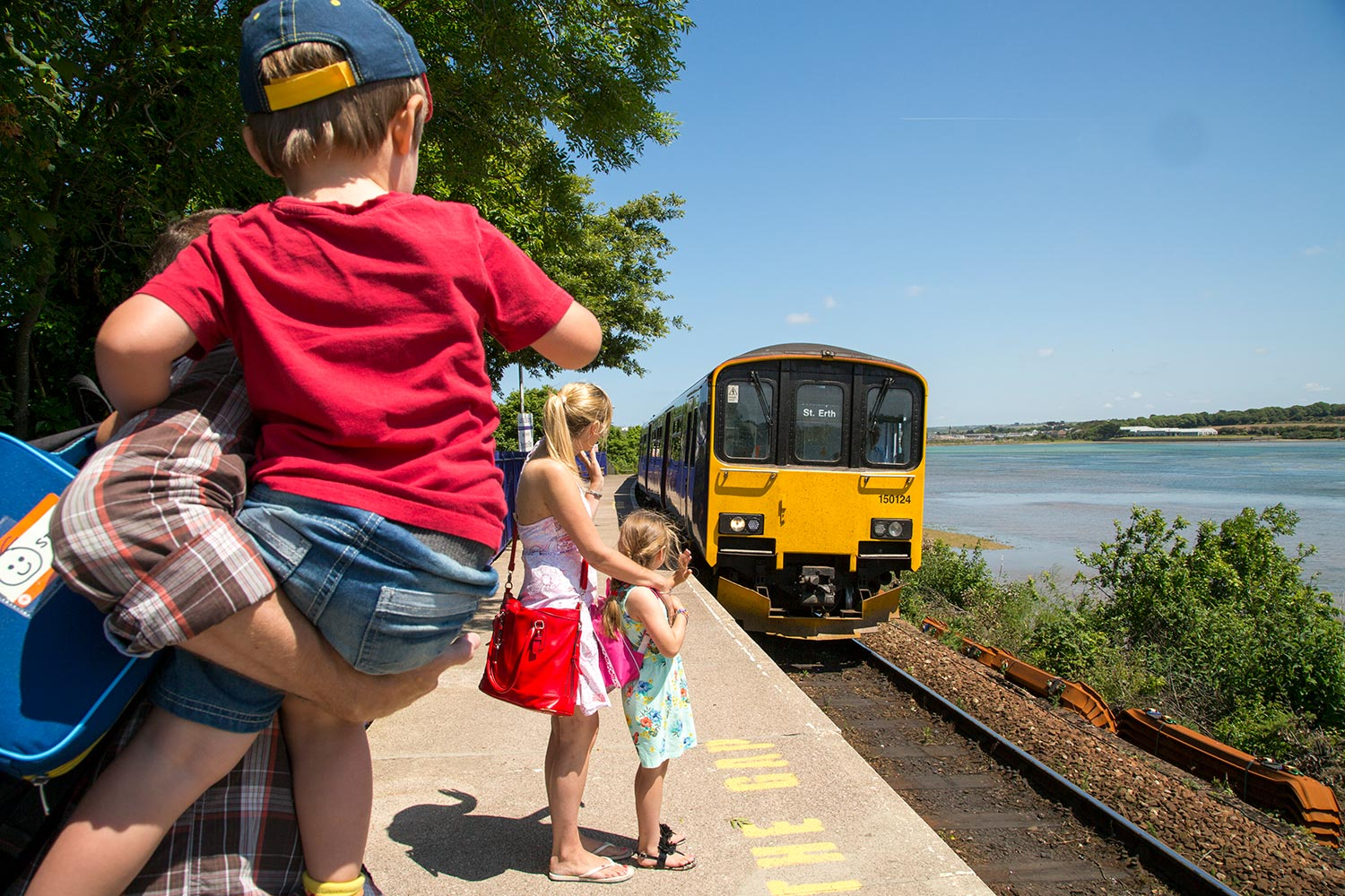 St Ives Bay Line Family 1500